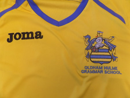 Oldham Hulme Grammar School football kit\\n\\n19/01/2016 15:38